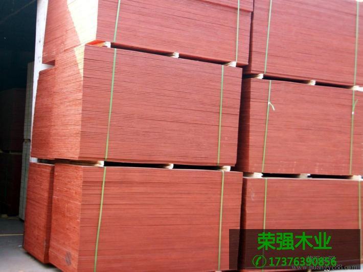 建筑模板厚度