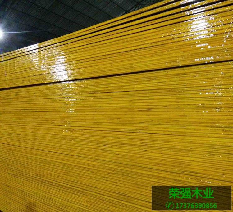 桉木建筑模板层次分明